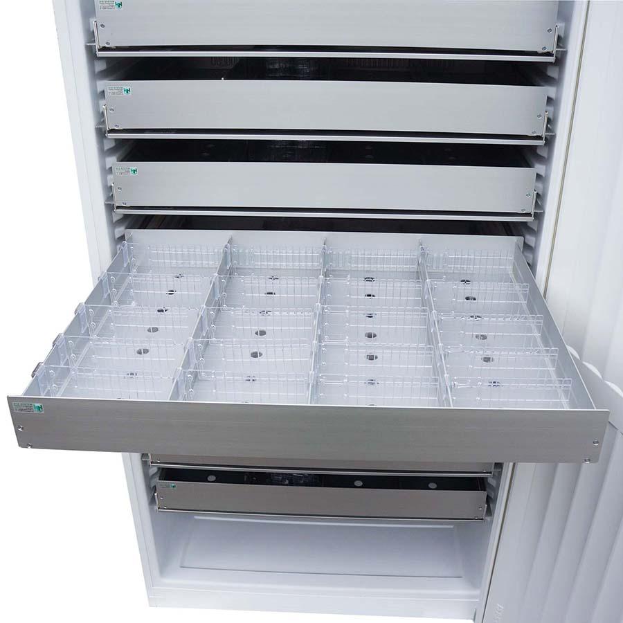 Aluminiumschublade für 50xx, gelocht, 4-bahnig, 20 Universalteiler