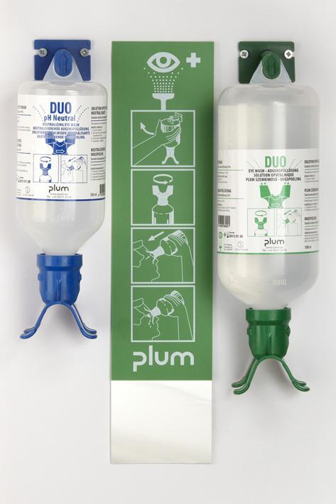Plum Augen-Notfallstation Duo offen, 2 Flaschen mit Anleitung, Wandhalter, und Piktogramm